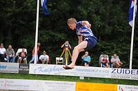 FIERLJEPPEN: GRIJPSKERK: 17-08-2013, 1e Klas wedstrijd, Age Hulder, ©foto Martin de Jong