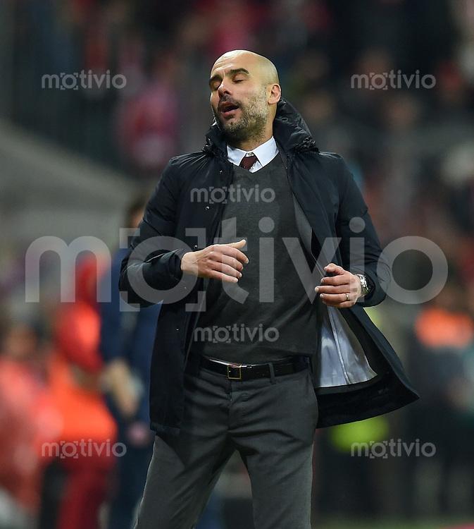 FUSSBALL  1. BUNDESLIGA  SAISON 2015/2016  24. SPIELTAG FC Bayern Muenchen - 1. FSV Mainz 05       02.03.2016 Trainer Pep Guardiola (FC Bayern Muenchen) an der Seitenlinie