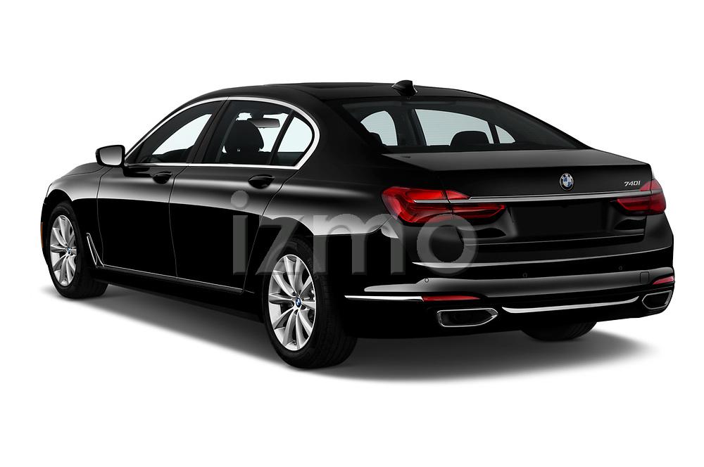 Car pictures of rear three quarter view of 2019 BMW 7-Series 740i 4 Door Sedan Angular Rear