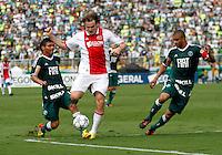 S&Atilde;O PAULO,SP, 14 JANEIRO 2011 - AMISTOSO PALMEIRAS X AJAX (HOL)<br /> Bulykin (c) jogador do Ajax durante  partida entre as equipes do Palmeiras X Ajax (hol) realizada no  Est&aacute;dio Paulo Machado de Carvalho (Pacaembu) na zona oeste de S&atilde;o Paulo, neste Sabado (14). (FOTO: ALE VIANNA - NEWS FREE).