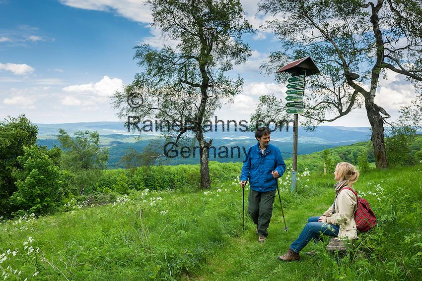 Germany, Thuringia, near Kuehndorf: Rhoen-Rennstein-Hiking-Trail, atop Dolmar mountain   Deutschland, Thueringen, bei Kuehndorf: Rhoen-Rennstein-Weg von der Wasserkuppe bis Oberhauf, hier auf dem Dolmar bei Kuehndorf