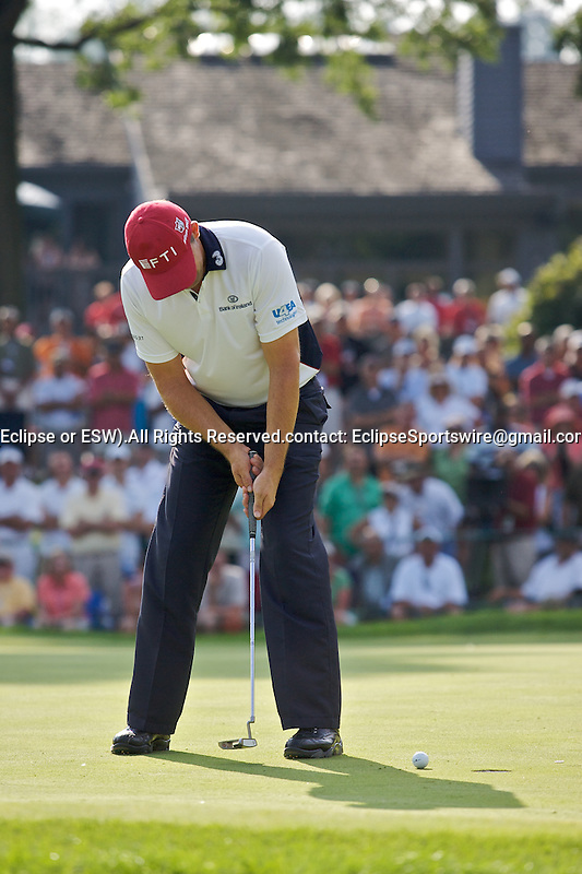 09-08-2009:  Padraig Harrington putts for a triple bogey eight on the 16th hole in the final round of the WGC Bridgestone Invitational in Akron, OH.