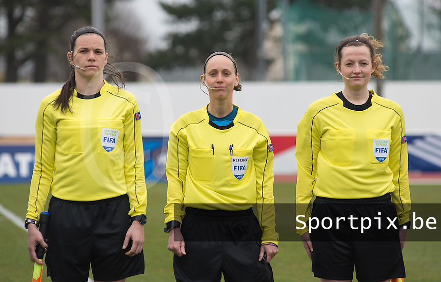 20160319 - BAYEUX , FRANCE : Referee Hannelore Onsea (M) with assistant referees Joline Delcroix (R) and Jennifer Maubacq (L) pictured during the soccer match between the women under 17 teams of The Republic of Ireland and Hungary , on the first matchday in group 3 of the UEFA Women Under17 Elite rounds at Stade Henry Jeanne in Bayeux , France . Saturday 19th March 2016 . PHOTO DIRK VUYLSTEKE