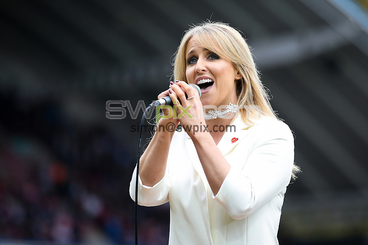 Picture by Alex Whitehead/SWpix.com - 29/10/16 - Rugby League - 2016 Ladbrokes Four Nations - England v New Zealand - The John Smith's Stadium, Huddersfield, England - Lizzie Jones.
