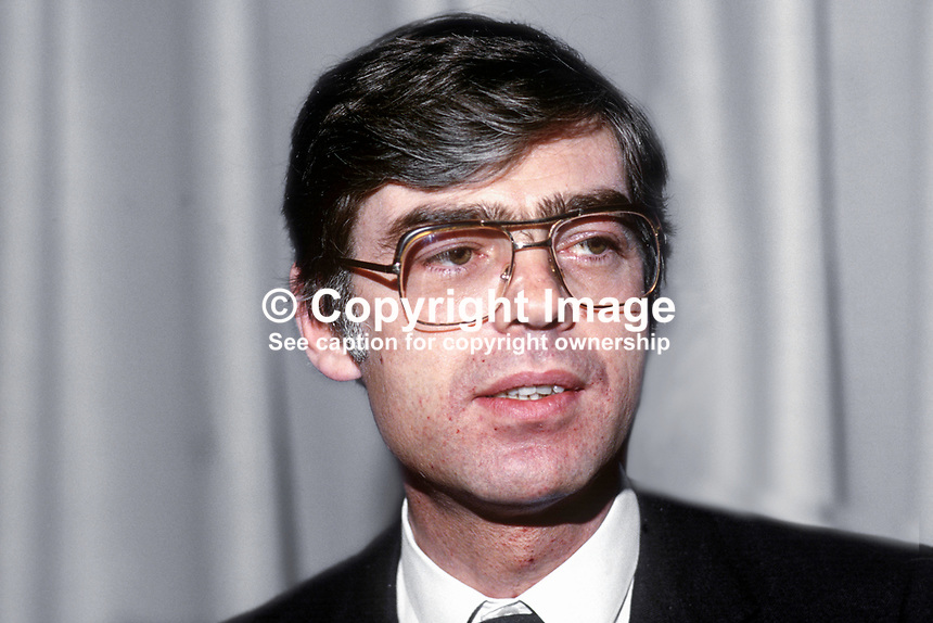 Alan Dukes, TD, Fine Gael, Minister for Finance, Rep of Ireland, 19851201AD1..Copyright Image from Victor Patterson, 54 Dorchester Park, Belfast, UK, BT9 6RJ..Tel: +44 28 9066 1296.Mob: +44 7802 353836.Voicemail +44 20 8816 7153.Skype: victorpattersonbelfast.Email: victorpatterson@me.com.Email: victorpatterson@ireland.com (back-up)..IMPORTANT: If you wish to use this image or any other of my images please go to www.victorpatterson.com and click on the Terms & Conditions. Then contact me by email or phone with the reference number(s) of the image(s) concerned.