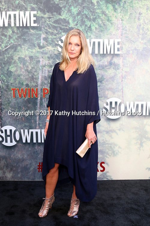 """LOS ANGELES - MAY 19:  Sheryl Lee at the """"Twin Peaks"""" Premiere Screening at The Theater at Ace Hotel on May 19, 2017 in Los Angeles, CA"""