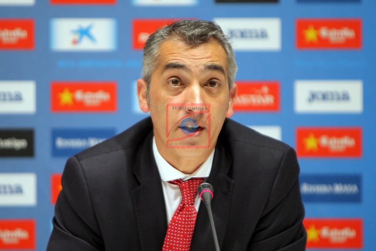 League BBVA 2016/2017.<br /> Jose Manuel Jurado presented as new player of RCD Espanyol.<br /> Ramon Robert.