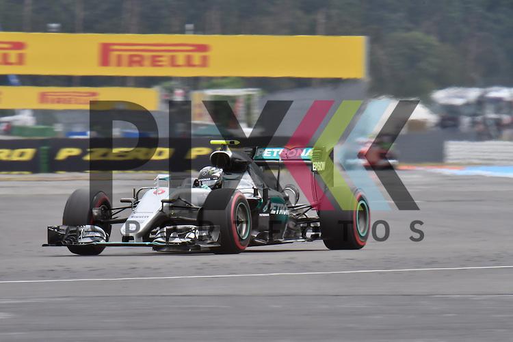Nr.6 Nico Rosberg im MERCEDES bei der Formel 1 auf dem Hockenheimring.<br /> <br /> Foto &copy; PIX-Sportfotos *** Foto ist honorarpflichtig! *** Auf Anfrage in hoeherer Qualitaet/Aufloesung. Belegexemplar erbeten. Veroeffentlichung ausschliesslich fuer journalistisch-publizistische Zwecke. For editorial use only.