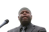 May 3 2019. Carlsbad, CA. |  Brother Yusef Miller of Islamic Society of North County talks at Community Call to Action Led by Community Leaders and Local Elected Officials in Response to Poway Shooting held at Alga Norte Community Park in Carlsbad. | Photos by Jamie Scott Lytle. Copyright.