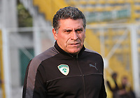 BOGOTÁ- COLOMBIA, 15-02-2018: Luis Fernando Suárez director técnico  de La Equidad durante el partido entre La Equidad  y Atlético Bucaramanga   por la fecha 3 de la Liga Águila I 2018 jugado en el estadio Metropolitano de Techo . / Luis Fernando Suarez  coach of La Equidad   during match between La Equidad  and Atletico Bucaramanga   for the date 3 of the Aguila League I 2018 played at Metropolitano de Techo  stadium. Photo: VizzorImage/ Felipe Caicedo / Staff