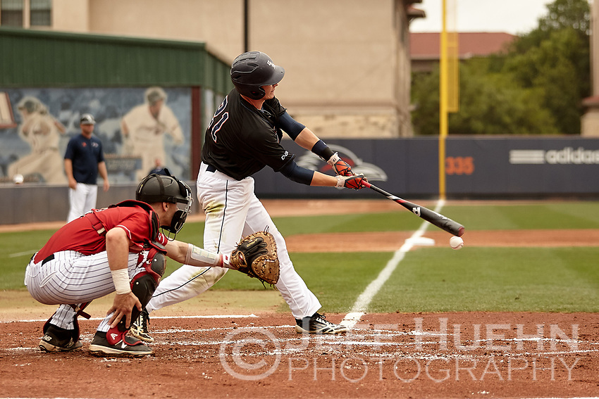 SAN ANTONIO, TX - APRIL 9, 2017: The University of Texas at San Antonio Roadrunners defeat the Western Kentucky University Hilltoppers 7-1 at Roadrunner Field. (Photo by Jeff Huehn)