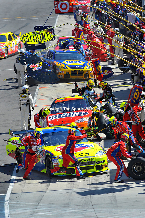 Mar 22, 2009; 3:03:20 PM; Bristol, Tn., USA; NASCAR Sprint Cup Series race for the Food City 500 at the Bristol Motor Speedway.  Mandatory Credit: (thesportswire.net)