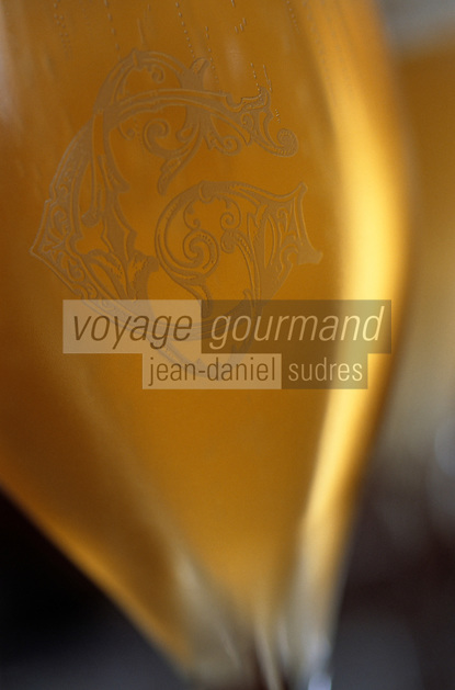 Europe/France/Champagne-Ardenne/51/Marne/Ay: Champagne Gosset - Dégustation - Verre de champagne gravé