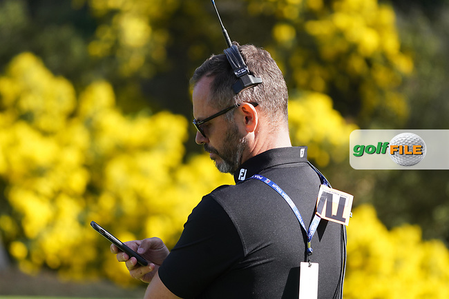 Andrew Coltart, Sky sports commentator in action on the 12th green during the 1st round of The Genesis Invitational, Riviera Country Club, Pacific Palisades, Los Angeles, USA. 12/02/2020<br /> Picture: Golffile | Phil Inglis<br /> <br /> <br /> All photo usage must carry mandatory copyright credit (© Golffile | Phil Inglis)