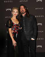 Dave Grohl, Jordyn Blum attend 2018 LACMA Art + Film Gala at LACMA on November 3, 2018 in Los Angeles, California.    <br /> CAP/MPI/IS<br /> &copy;IS/MPI/Capital Pictures