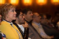SAO PAULO, SP, 02 JUNHO 2013 - ENTREVISTA COLETIVA -PARADA DO ORGULHO GLBT - A ministra da Cultura, Marta Suplicy,  deputado federal Jean Willys, o prefeito Fernando Haddad e o governador Geraldo Alckmin durante a entrevista coletiva da 17 Parada do Orgulho LGBT no teatro Raul Cortez, na manhã  deste domingo, 02. (FOTO: ADRIANA SPACA / BRAZIL PHOTO PRESS).