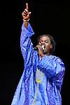 Le chanteur Baaba Maal en concert au festival Rock en Seine 2009 / Saint-Cloud / 92 Hauts de Seine / Rég. Ile de France / The singer Baaba Maal on stage at the Rock en Seine music festival of Saint Cloud / France