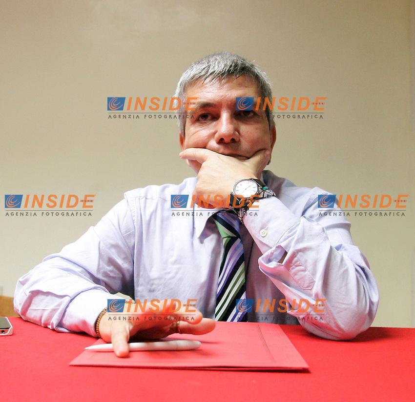 """NICHI VENDOLA..Roma 01/12/2011 CGIL Lazio. Presentazione del libro """"Referendum e alternativa politica""""...Photo Samantha Zucchi Insidefoto"""