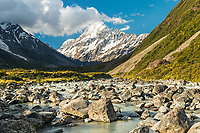 Aoraki Mount Cook 3724m, highest peak of Southern Alps, viewed through Hooker Valley over Hooker River, Aoraki Mount Cook National Park, Mackenzie Country, UNESCO World Heritage Area, South Island, New Zealand, NZ