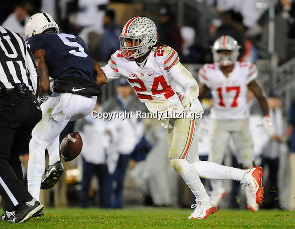 22 October 2016:  Ohio State S Malik Hooker (24) defends a pass intended for Penn State WR DaeSean Hamilton (5). The Penn State Nittany Lions upset the #2 ranked Ohio State Buckeyes 24-21 at Beaver Stadium in State College, PA. (Photo by Randy Litzinger/Icon Sportswire)