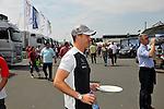 DTM Nuerburgring, 7.Lauf 2008<br /> Ralf Schumacher mit leeren Teller auf dem Weg zur Mercedeslounge.<br /> <br /> Foto &copy; nph (nordphoto)