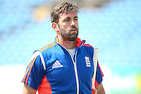 Picture by Alex Whitehead/SWpix.com - 28/05/2015 - Cricket - 2nd Investec Test: England v New Zealand - Headingley Cricket Ground, Leeds, England - England's Liam Plunkett.