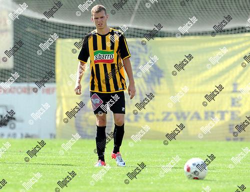 2012-08-01 / Voetbal / seizoen 2012-2013 / KFC Zwarte Leeuw / Dimitri Hairemans..Foto: Mpics.be