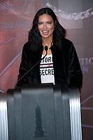 NOV 07 Adriana Lima visits Empire State Building