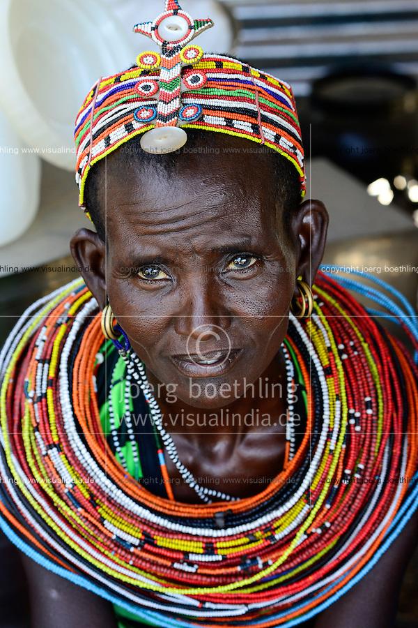 KENYA, Marsabit, Samburu village Merille, Rapunye Ntumo a women self help group / KENIA, Marsabit, Samburu Dorf Merille, Rapunye Ntumo Frauen Selbsthilfegruppe