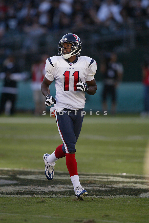 ANDRE DAVIS,  of the Houston Texans, in action during the Texans game against the Oakland Raiders game on November 4, 2007 in Oakland, CA...Texans  win 24-17..........