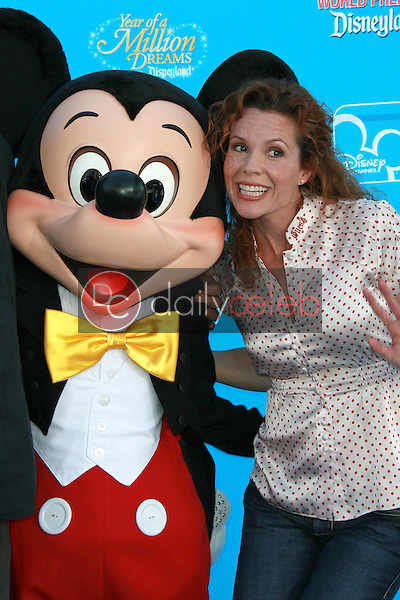 Robyn Lively<br />
