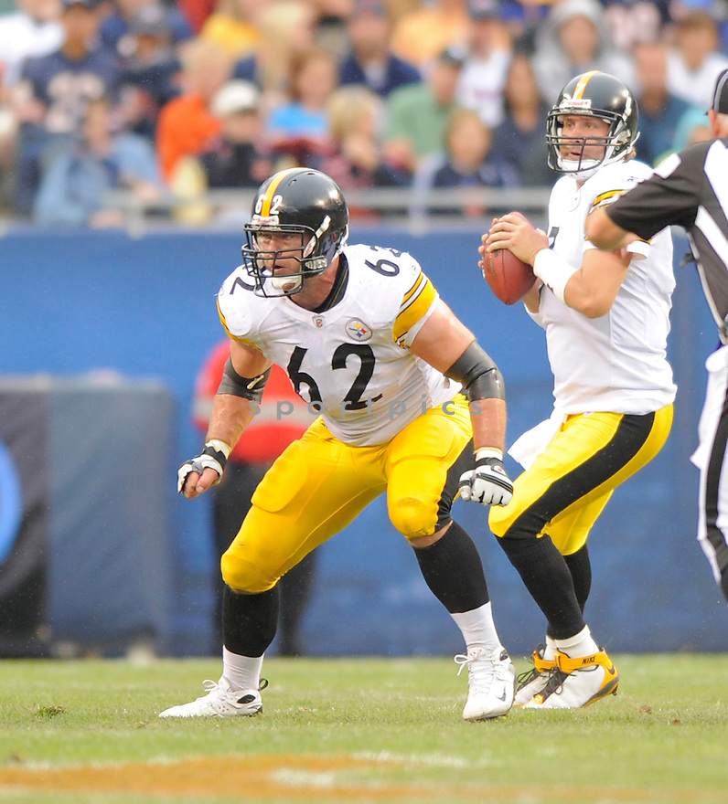 JUSTIN HARTWIG,of the Pittsburgh Steelers , in action during the Steelers  game against the Chicago Bears on September 20, 2009 in Chicago, IL.  The Bears beat the Steelers 14-7.