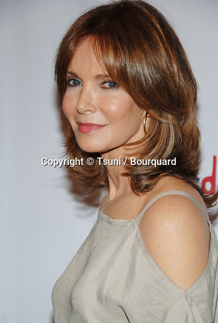 Jaclyn Smith arriving at the WHAT A PAIR 4, celebrity Concert at the Wiltern Theatre in Los Angeles. June 11, 2006.