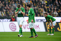 FUSSBALL   1. BUNDESLIGA   SAISON 2011/2012   26. SPIELTAG Borussia Dortmund - SV Werder Bremen               17.03.2012 Sebastian Proedl, Zlatko Junuzovic und Clemens Fritz (v.l., alle SV Werder Bremen)