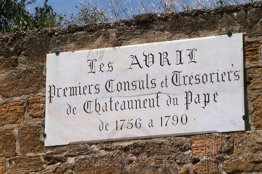 les avril fist consuls chateauneuf du pape rhone france