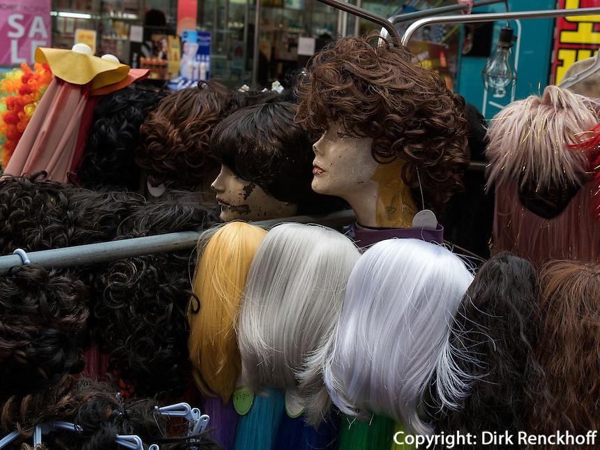 Stra&szlig;enh&auml;ndler in Nampo-dong, Busan, Gyeongsangnam-do, S&uuml;dkorea, Asien<br /> street vendor, Busan,  province Gyeongsangnam-do, South Korea, Asia