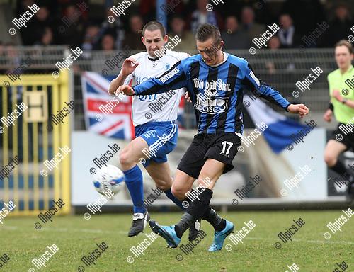 2010-03-21 / Voetbal / seizoen 2009-2010 / Rupel-Boom - Koksijde / Van der Westerlaken met Karel Tanghe (Koksijde) achter zich..Foto: Mpics