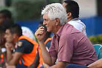 BARRANQUILLA -COLOMBIA-13-AGOSTO-2014. Julio Comesana director tecnico del  Atletico Junior     durante partido contra  el Barranquilla FC     ,  partido de la Copa Postobon octava fecha disputado en el estadio Metropolitano. /  Julio Comesana  coach of  Aletico Junior during match  with Barranquilla FC , match of the Copa Postobon eighth round match at the Metropolitano stadium  Photo: VizzorImage / Alfonso Cervantes / Stringer