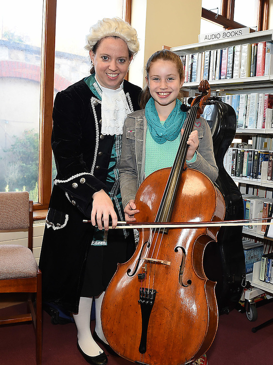 Mary Kate Hartenlearns about the cello from Grainne Hope from Kids Classics in Ardee library as part of the Baroque Festival. Photo:Colin Bell/pressphotos.ie