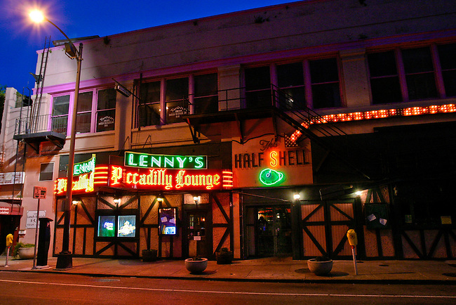 Lenny's Piccadilly Lounge and The Half Shell on University Place in downtown New Orleans, LA. USA.