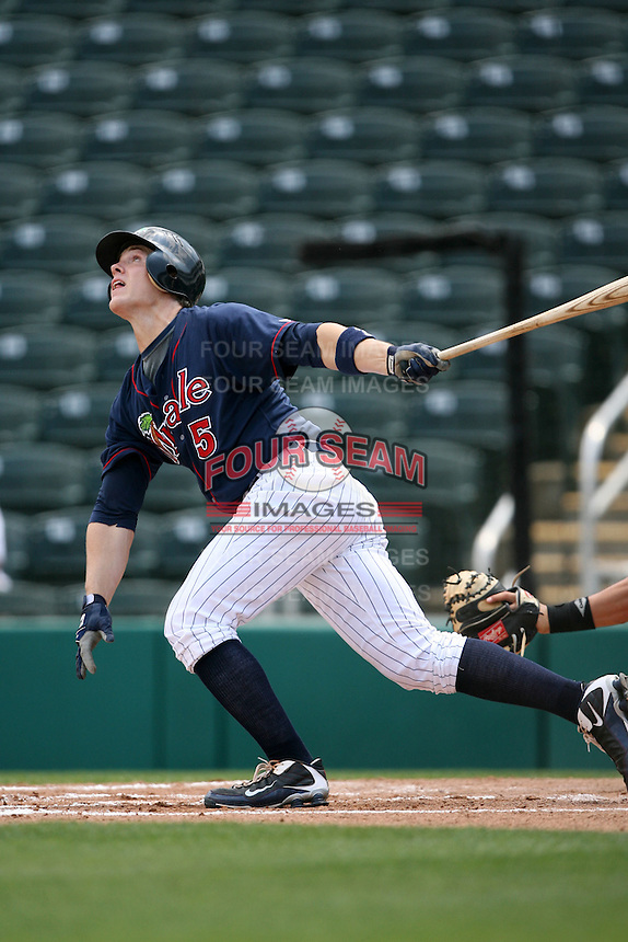 April 13, 2009:  Right Fielder Joe Benson of the Fort Myers Miracle, Florida State League Class-A affiliate of the Minnesota Twins, during a game at Hammond Stadium in Fort Myers, FL.  Photo by:  Mike Janes/Four Seam Images