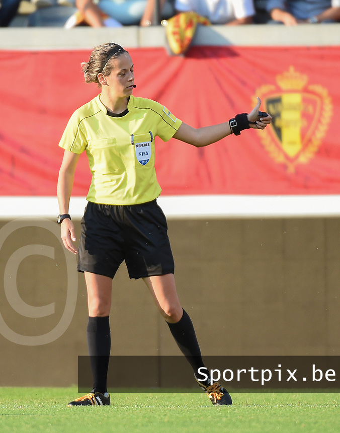 20170613 - LEUVEN ,  BELGIUM : referee Ivana Martincic pictured during the female soccer game between the Belgian Red Flames and Japan , a friendly game before the European Championship in The Netherlands 2017  , Tuesday 13 th Juin 2017 at Stadion Den Dreef  in Leuven , Belgium. PHOTO SPORTPIX.BE | DIRK VUYLSTEKE