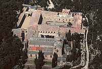 Europe/France/Languedoc-Roussillon/11/Aude/Env. de Narbonne: Abbaye de Fontfroide (XI ème siècle) vue aérienne