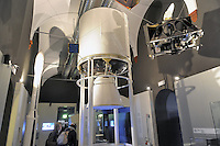 - Milano, Museo nazionale della Scienza e della Tecnica; sezione spazio; satelliti artificiali<br />