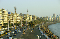 "S?dasien Asien Indien IND Mumbai , Marine Drive mit Art Deco Haeusern am Meer,  Nariman Point , das Geschaeftsviertel von Bombay | .South Asia India Mumbai , Marine Drive at sea with Art deco buildings at Nariman Point .| [ copyright (c) Joerg Boethling / agenda , Veroeffentlichung nur gegen Honorar und Belegexemplar an / publication only with royalties and copy to:  agenda PG   Rothestr. 66   Germany D-22765 Hamburg   ph. ++49 40 391 907 14   e-mail: boethling@agenda-fototext.de   www.agenda-fototext.de   Bank: Hamburger Sparkasse  BLZ 200 505 50  Kto. 1281 120 178   IBAN: DE96 2005 0550 1281 1201 78   BIC: ""HASPDEHH"" ,  WEITERE MOTIVE ZU DIESEM THEMA SIND VORHANDEN!! MORE PICTURES ON THIS SUBJECT AVAILABLE!! INDIA PHOTO ARCHIVE: http://www.visualindia.net ] [#0,26,121#]"
