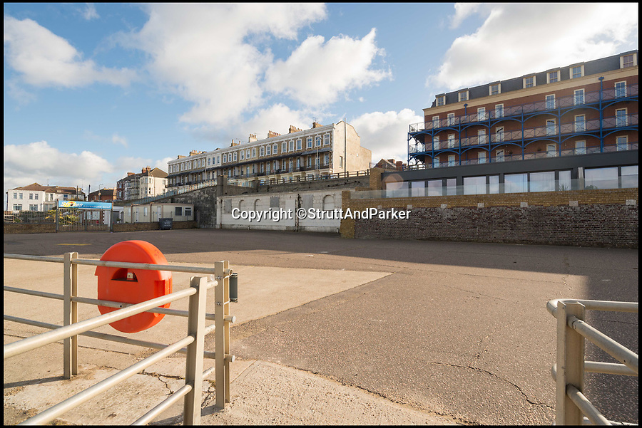 """BNPS.co.uk (01202 558833)Pic: StruttAndParker/BNPS<br /> <br /> By the wee-side...<br /> <br /> Homebuyers don't need to be flush to invest in these seaside public toilets but they will need to spend a penny or two turning them into a contemporary beach-front home.<br /> <br /> The £400,000 price tag might seem steep for the derelict public conveniences on the promenade in Margate, Kent, but this includes planning permission to build a three-bedroom house with uninterrupted sea views.<br /> <br /> Sea Wall House will be as close to the beach as you can get and the quirky design includes reinforced concrete and """"shop grade"""" windows because the house is part of the sea wall."""