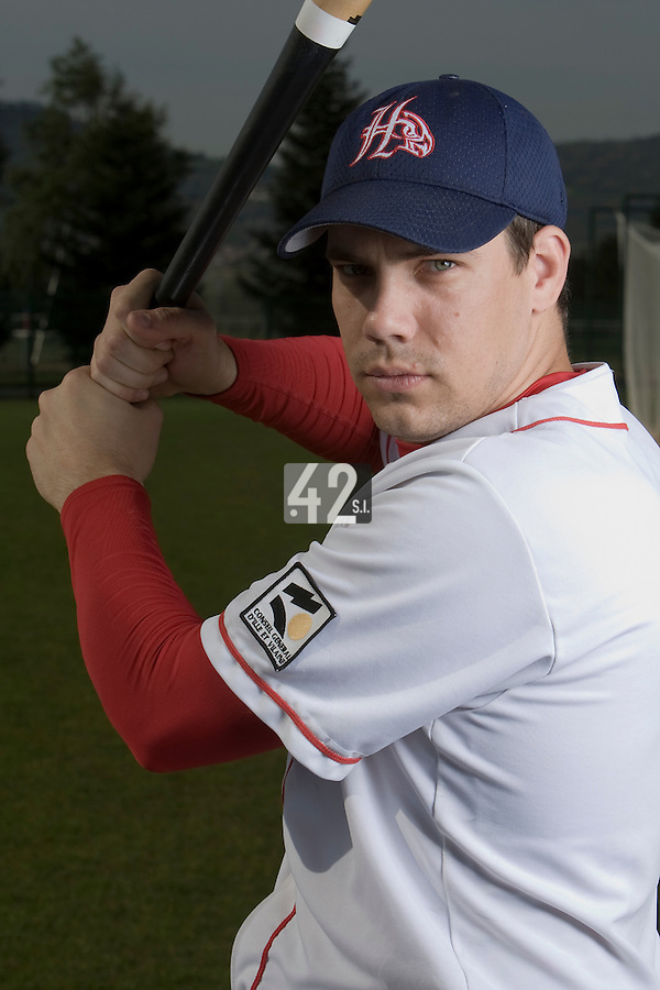 BASEBALL - ELITE - CLERMONT-FERRAND (FRANCE) - STADE DES CEZEAUX - 02/05/2008 - UNIDENTIFIED PLAYER (LA GUERCHE HAWKS)