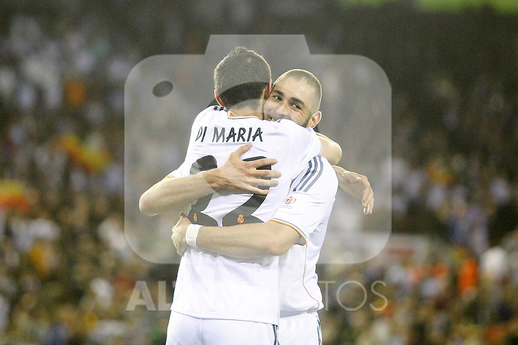 Real Madrid's Angel Di Maria (l) and Karim Benzema celebrate goal during spanish KIng's Cup Final match.April 16,2014. (ALTERPHOTOS/Acero)