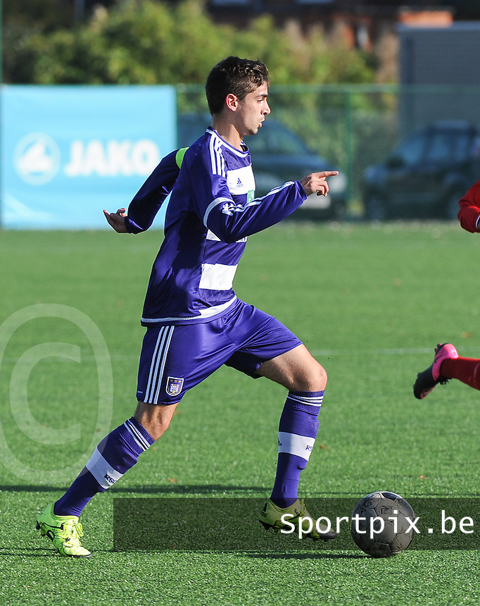 20151031 - KORTRIJK , BELGIUM : Anderlecht 's Reian Meddour pictured during the Under 19 ELITE soccer match between KV Kortrijk and RSC Anderlecht U19 , on the thirteenth matchday in the -19 Elite competition. Saturday 31 October 2015. PHOTO DAVID CATRY