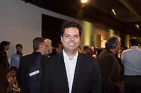 SAO PAULO, SP, 23 DE MAIO DE 2013 - ABERTURA DO VIVA MATA 2013 - O  secretário estadual do meio ambiente Bruno Covas esteve presente na Abertura do Viva a Mata 2013 realizado no Prédio da Bienal no Parque do Ibirapuera em São Paulo. Durante o evento a Fundação SOS Mata Atlântica apresentou seu novo conselho administrativo. FOTO: MARCELO BRAMMER / BRAZIL PHOTO PRESS